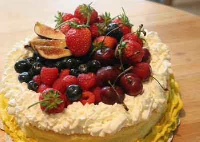 Fruit Topped Cake - Ine's Cakes