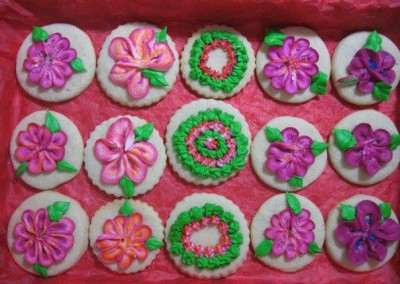 decorated-shortbread-cookies