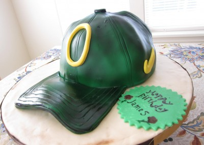 oregon-ducks-baseball-hat-cake