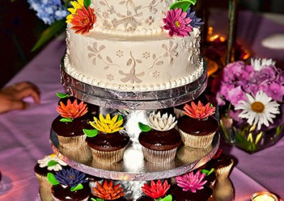 Ine's Cakes Tiered Wedding Cake and Cupcakes